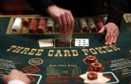 Man wins nearly $1.5 million jackpot playing Three Card Poker...