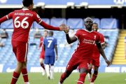 Liverpool Beat Ten-Man Chelsea in Stamford Bridge...